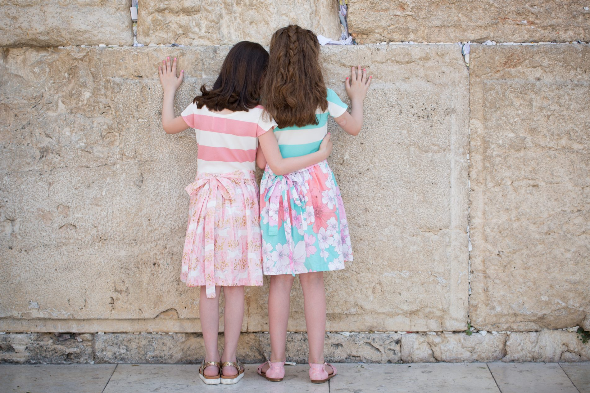 tour Jerusalem, tourist children praying at Kotel, Western Wall